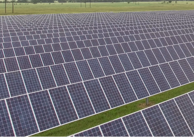 In 2014 Mid-South Synergy, a 17,000-member co-op northwest of Houston, selected TurningPoint Energy as its advisor for the development of a community solar power plant. TPE saved Mid-South Synergy an estimated 20% in upfront EPC costs as well as change order and related construction costs.   TPE worked closely with Mid-South Synergy to select and develop the project site, support the needs of its debt investor (CoBank), procure the EPC and O&M providers, negotiate all project contracts and manage the installation to final completion and turnover to the O&M team.  Due to customer demand, the project is now in its third phase, with 10MW slated for completion in 2018.